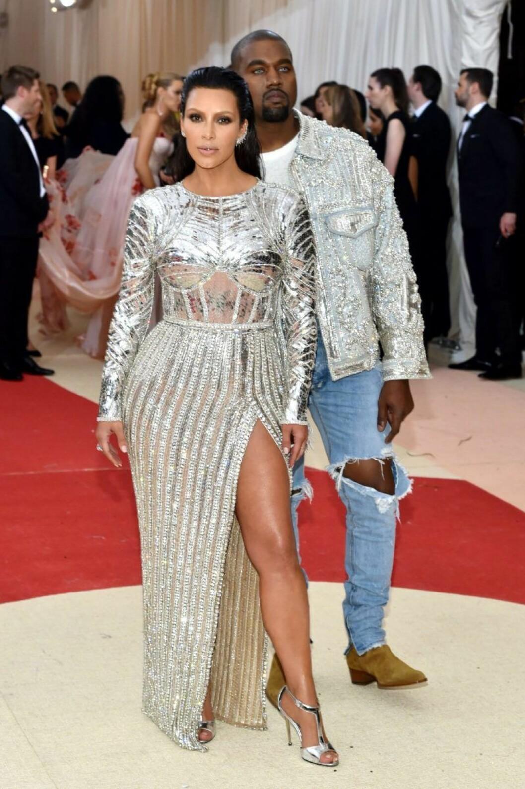 Kim Kardashian och Kanye West på Met-galan 2016