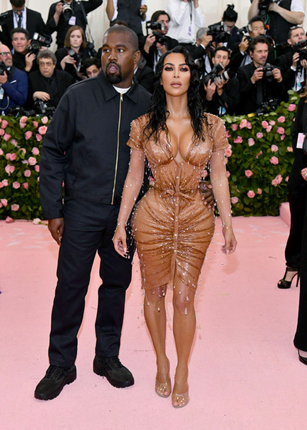 En bild på Kim Kardashian West och Kanye West på Met-galan 2019.