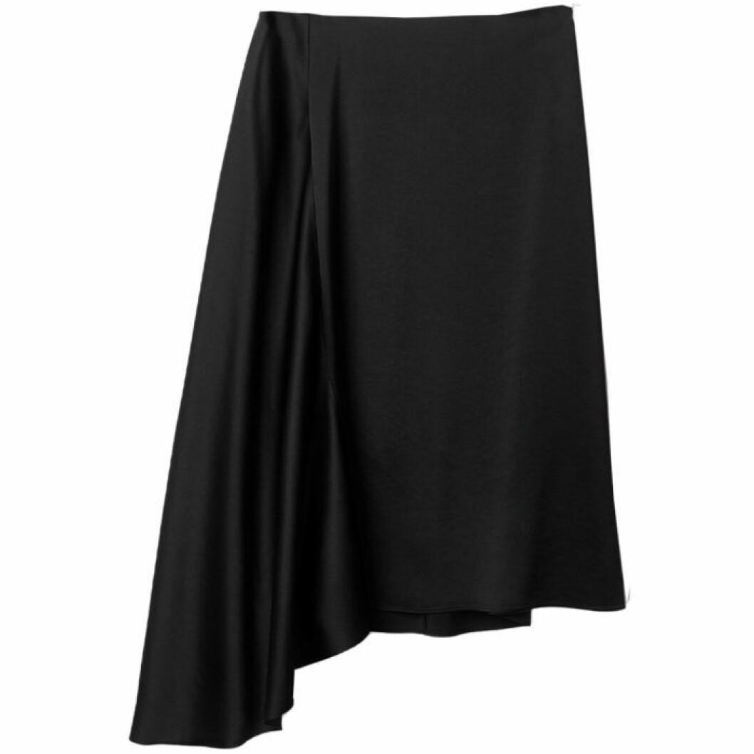 Svart kjol i satin från filippa K
