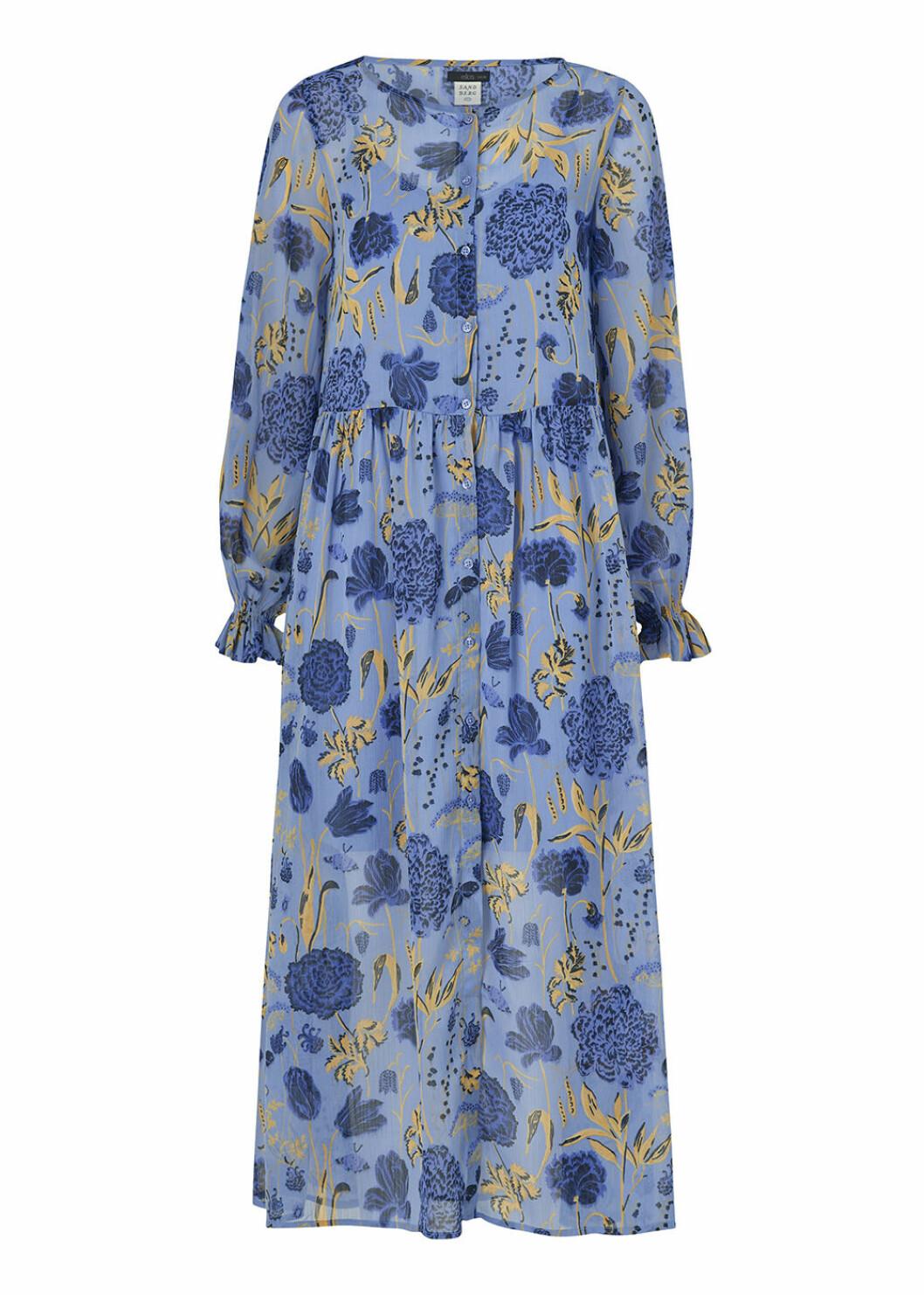 Blåblommig Aurelie-klänning från Ellos x Sandberg Wallpaper