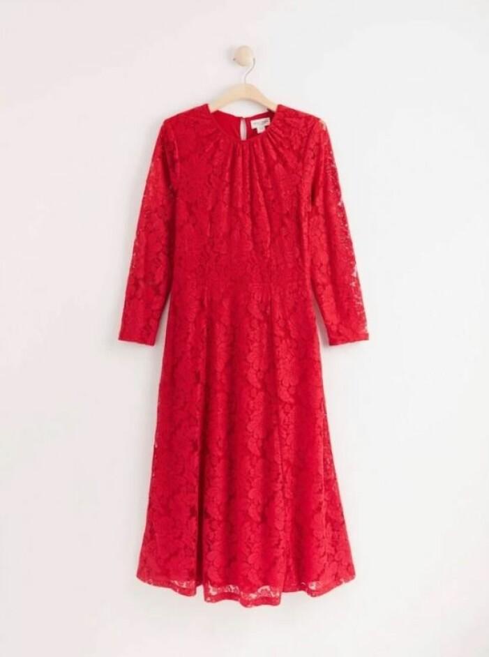 spetsklänning från Lindex