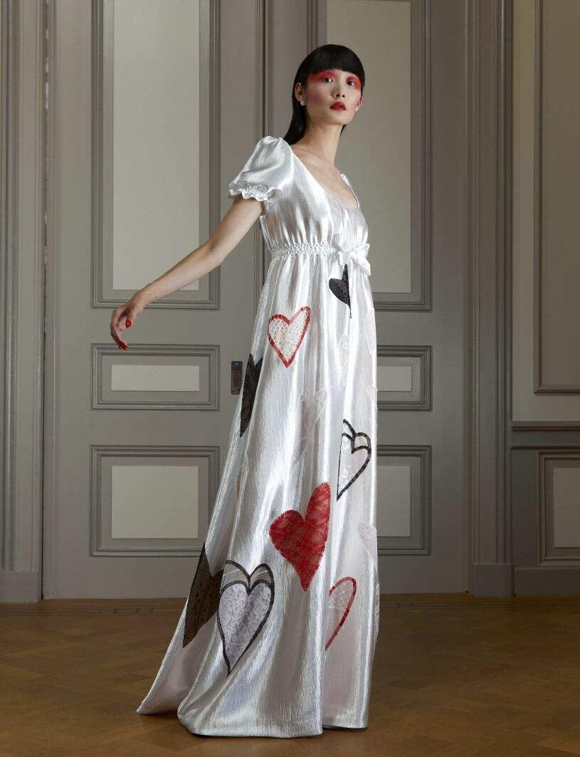 Klänning med hjärtan