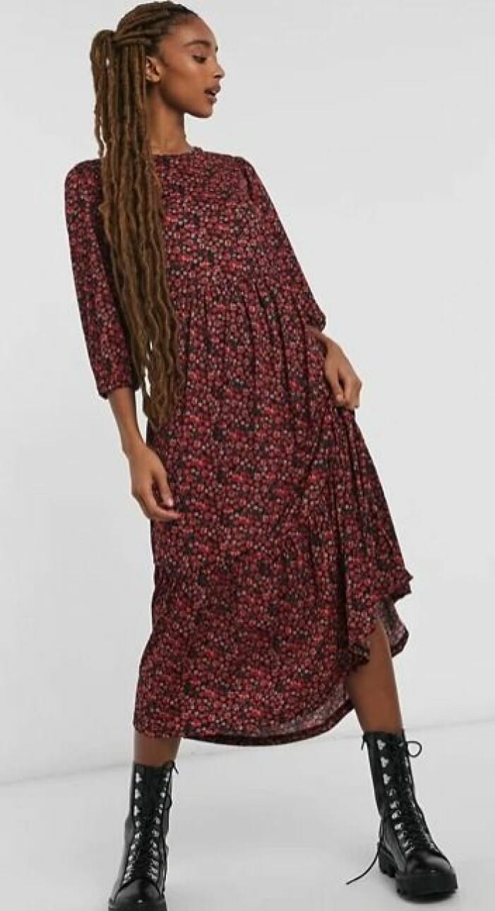 klänning stradivarius