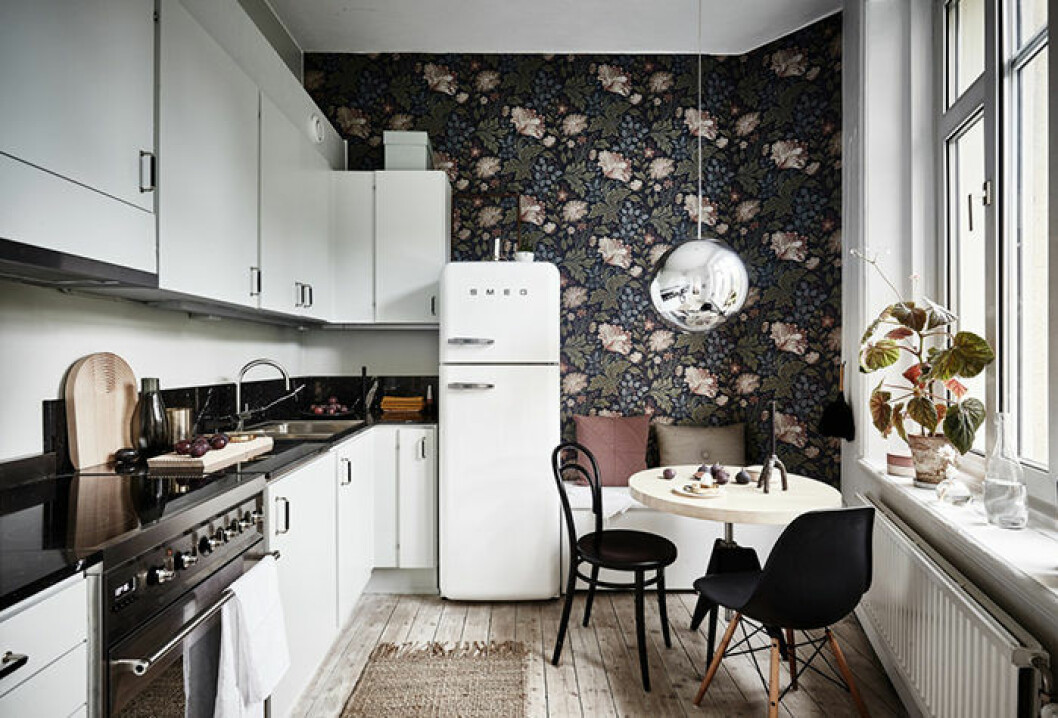 Lägg till en sittplats i köket för en mysigare inredning