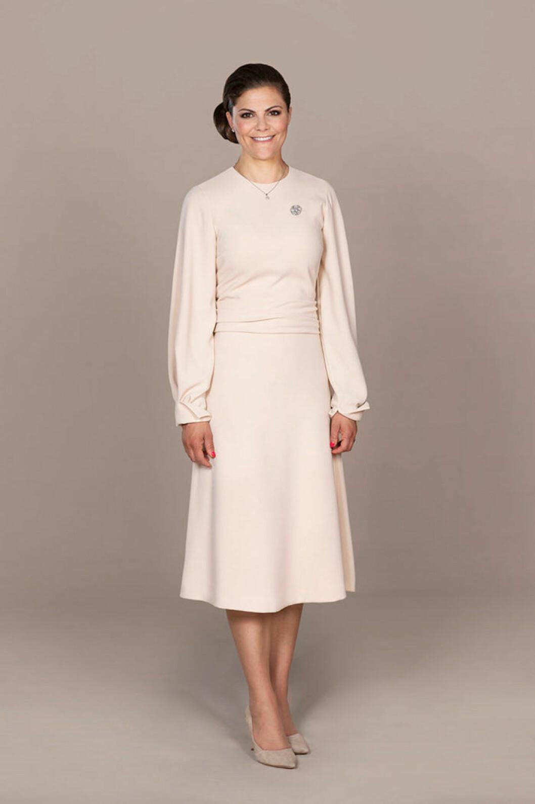 Kronprinsessan Victoria i klänning från Stylein.