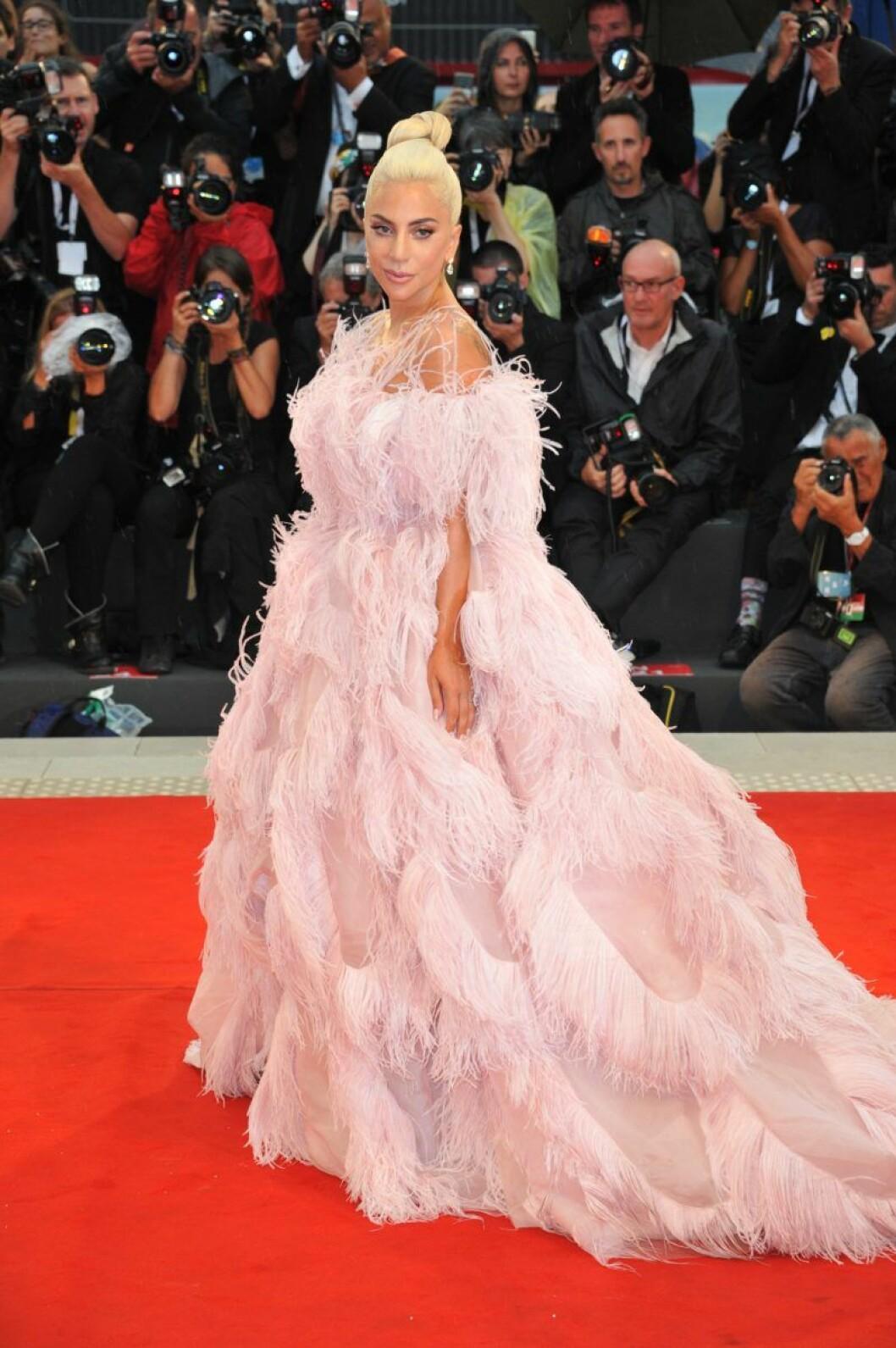 Lady Gaga I Valentino Haute Couture Filmfestivalen Venedig 2018