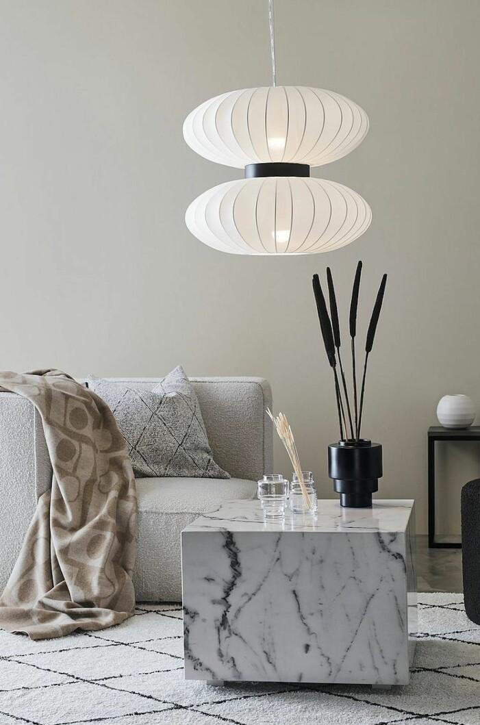 Stor lampa från Markslöjd