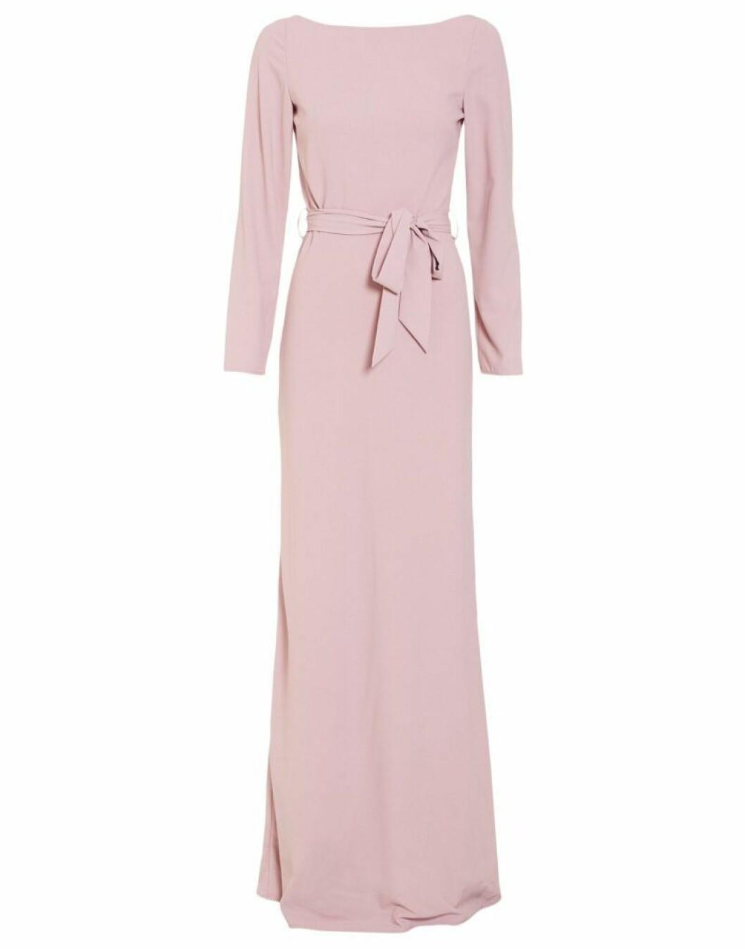 Maxiklänning med låga ärmar rosa