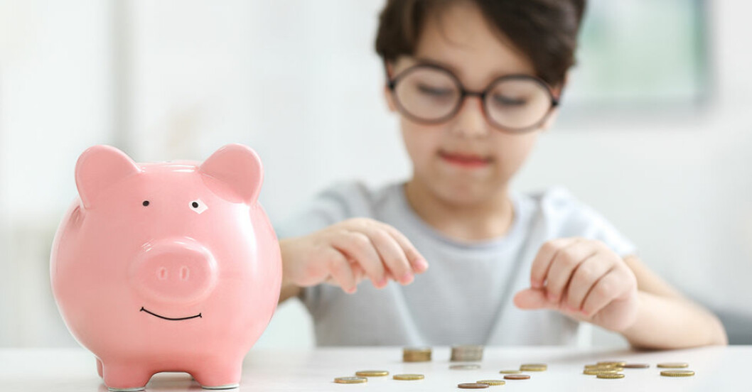 Lär barnen om pengar och att spara