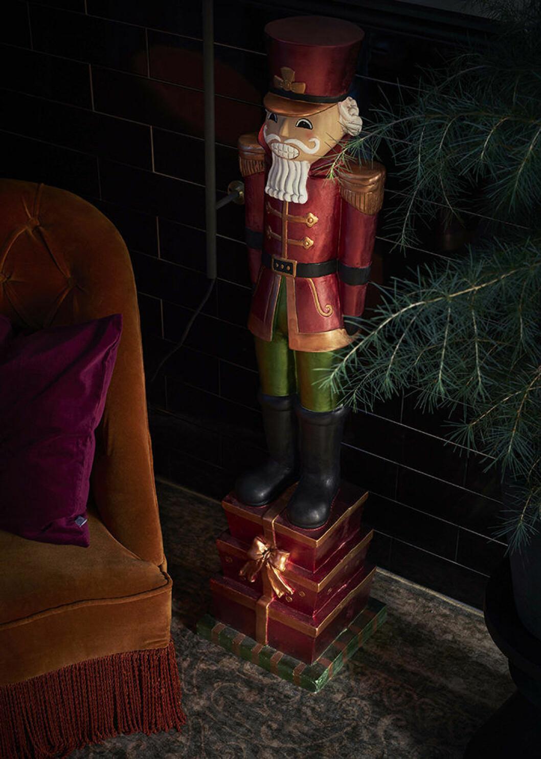 Nötknäppare att dekorera hemmet med i jul