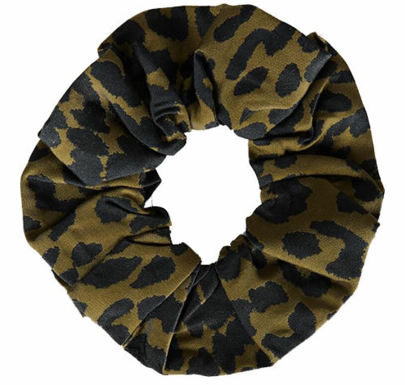 leopardmönstrad schrunicie