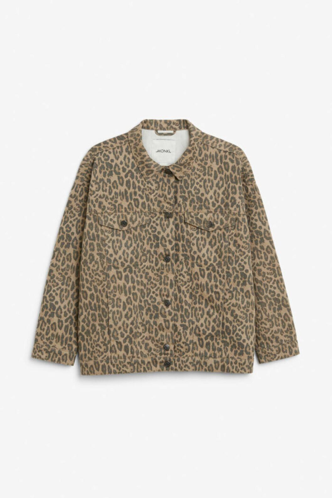 Leopardmönstrad jeansjacka