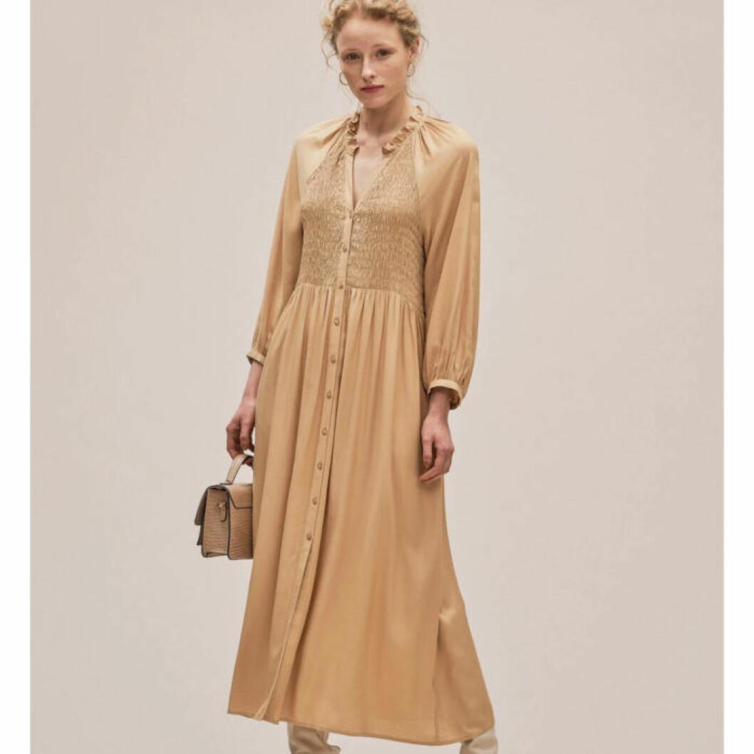 Guldig klänning från Lindex