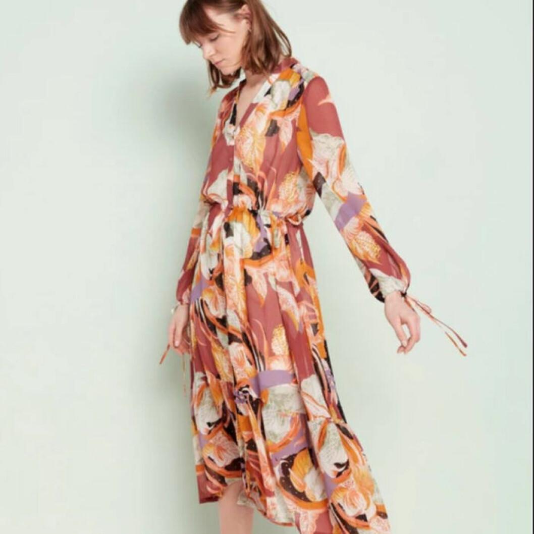 Mönstrad klänning från Lindex