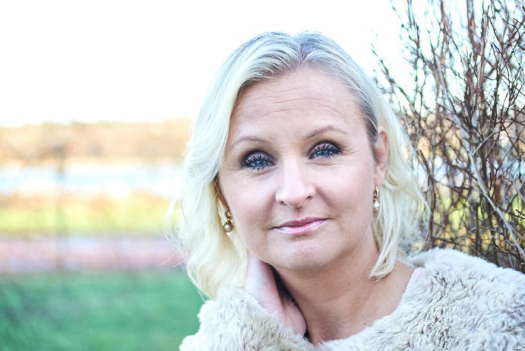 Linn Wågberg har skrivit en bok om olyckan, och miraklet, i Ånnsjön, då hennes son Leo dog och återuppstod.