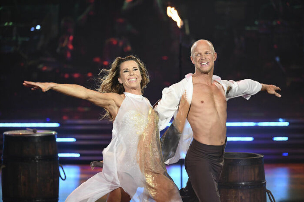 Magdalena Forsberg med danspartnern Tobias Karlsson under finalen i Let's Dance 2019.