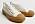 Benvita sneakers i canvas med rejäl sula i brun gummi. Sneakers från Mango.
