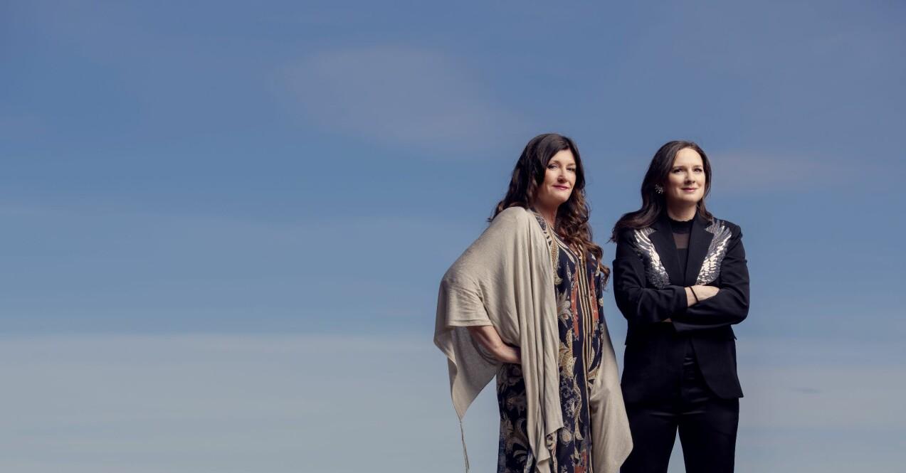 Deckarförfattarna Mari Jungstedt och Sofie Sarenbrant i stor intervju i Femina.