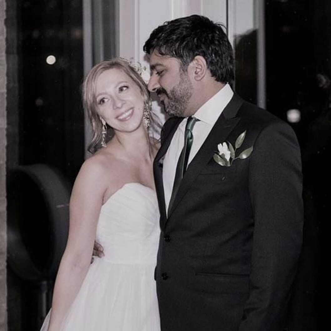 Maria och sin älskade make Rishi Singh.