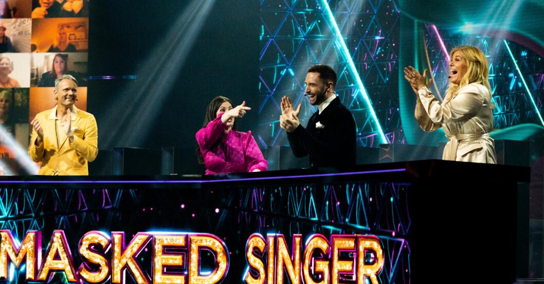 Masked singer har publik trots corona.