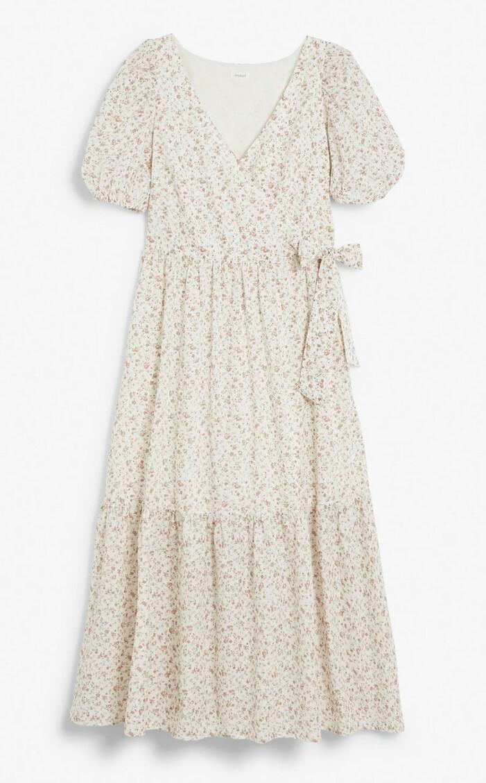 klänning från newbie woman