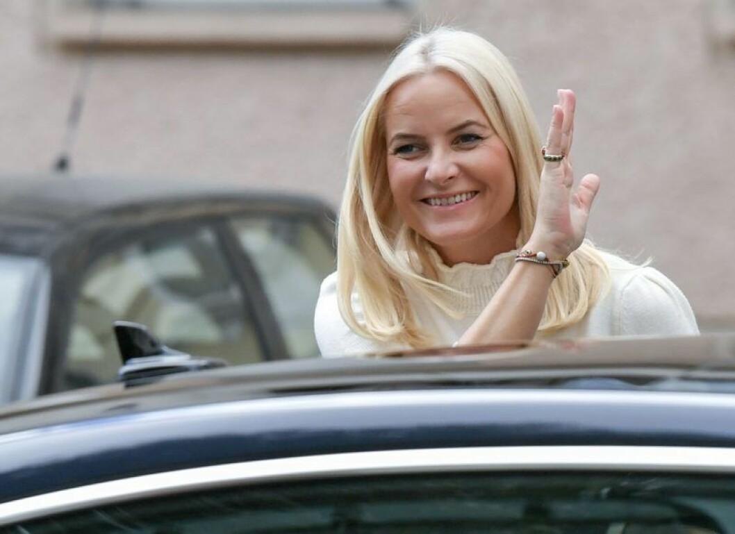 Kronprinsessan Mette-Marit om relationen till sin pappa