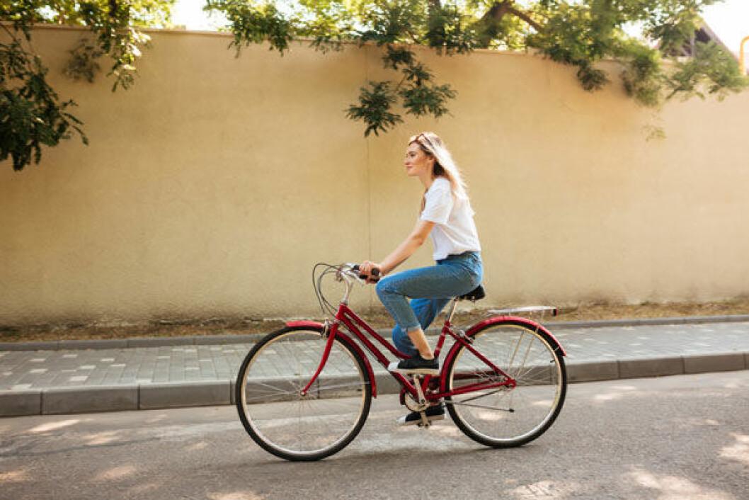 Att cykla mer är ett bra sätt att minska utsläppen.