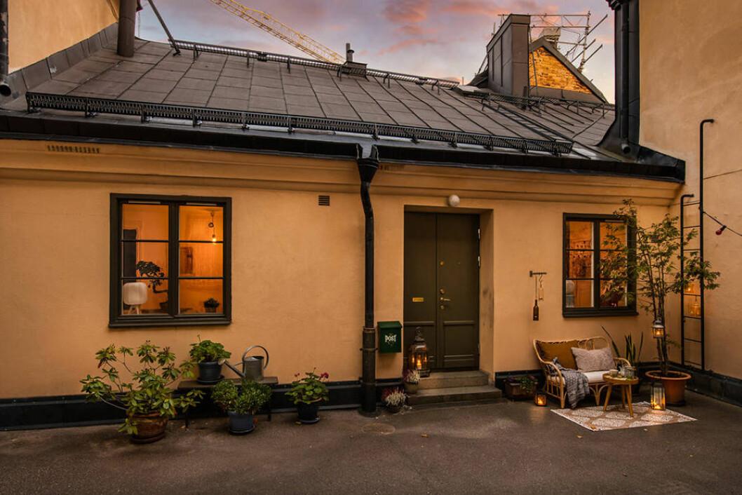 Charmigt gårdshus från 1600-talet på Södermalm i Stockholm