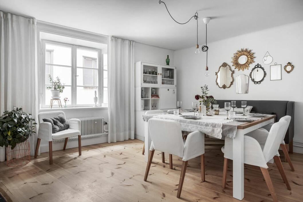 Kök med stor matplats i gårdhus på Södermalm