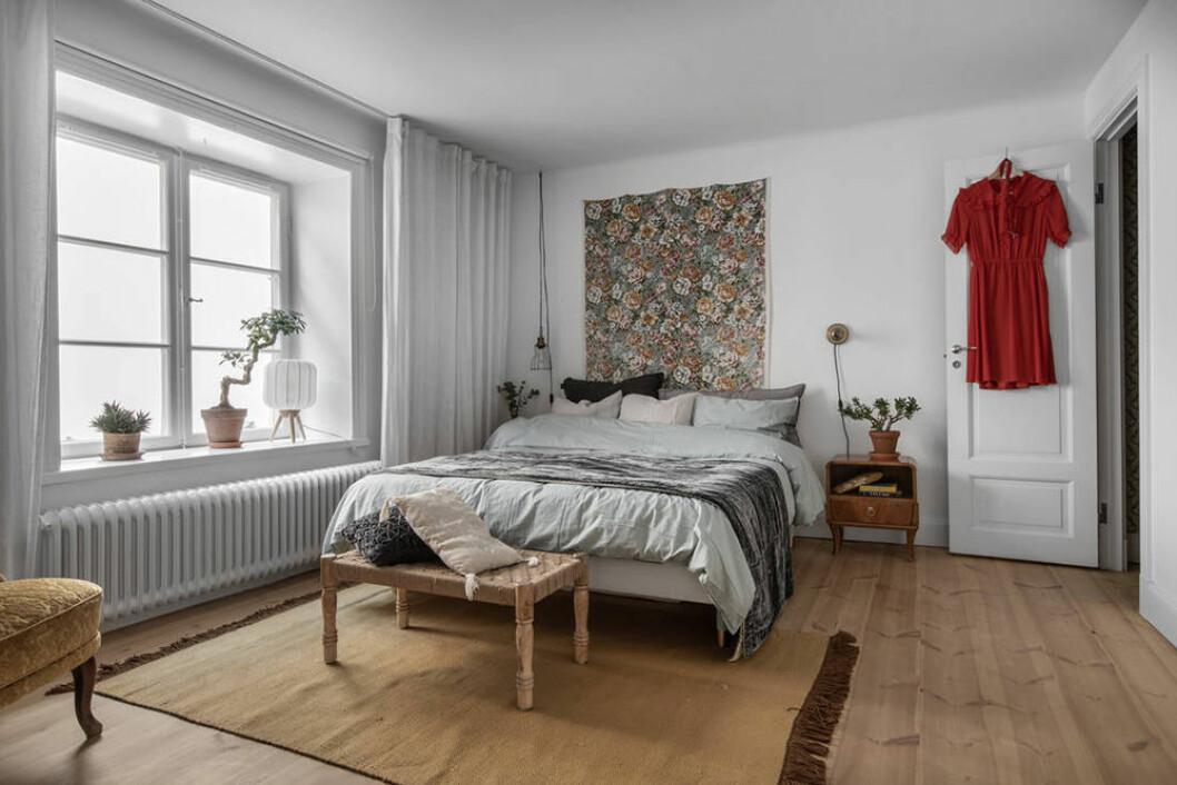 Mysigt sovrum i minihus på Södermalm