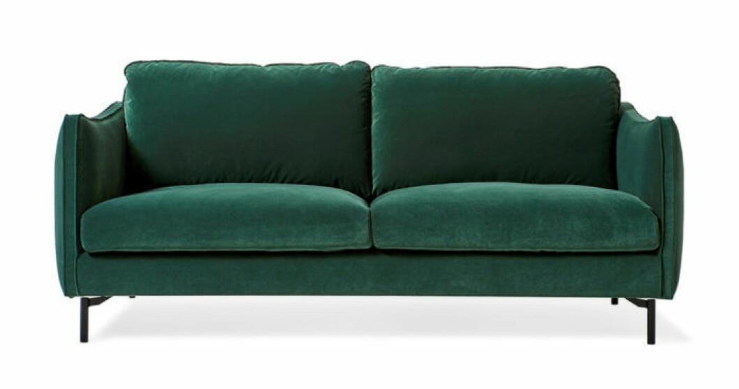 Grön sammetssoffa från Mio
