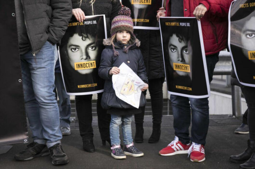 Protester i Holland i samband med dokumentären med Michael Jackson