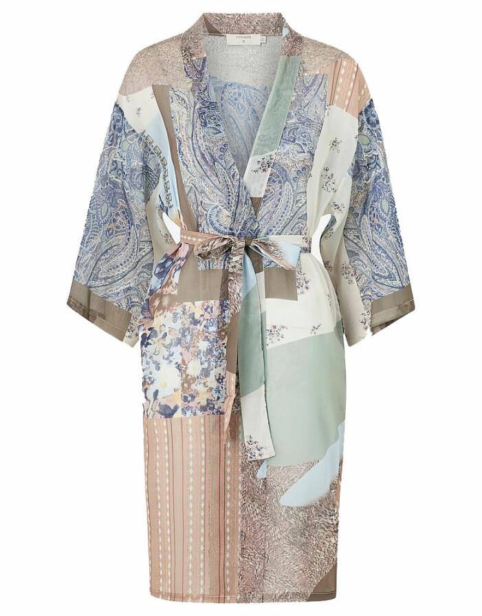 mönstrad kimono från cream
