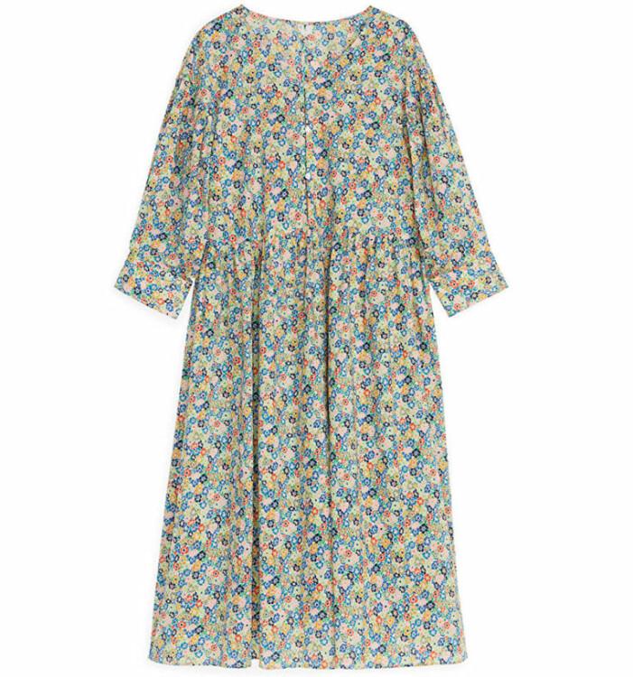 mönstrad klänning arket