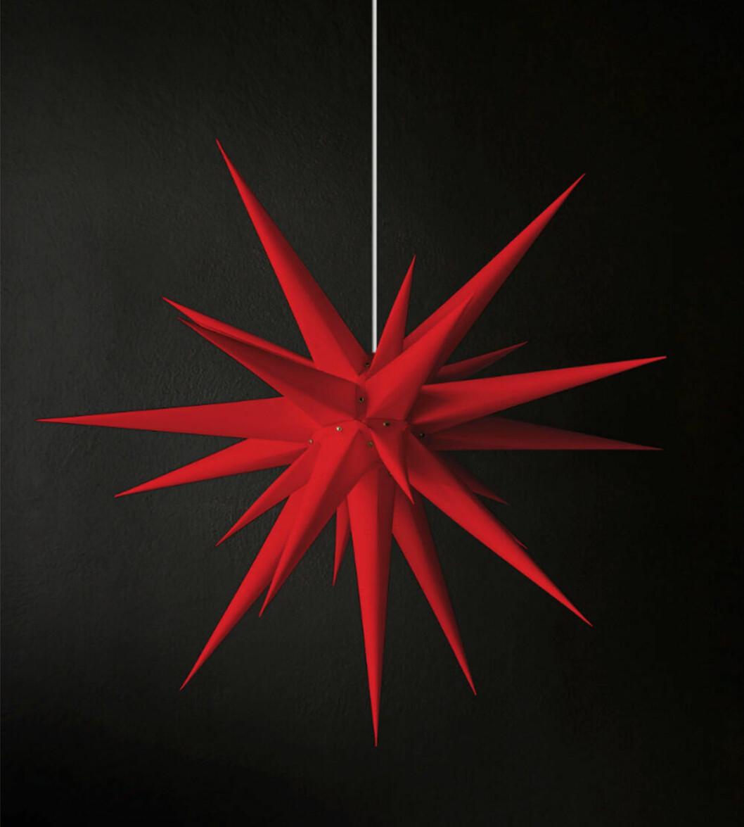 röd moraviastjärna från artilleriet