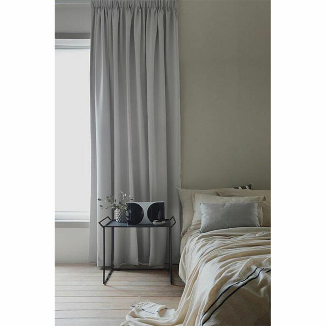 Pärlvit gardin med hotellkänsla från Ellos