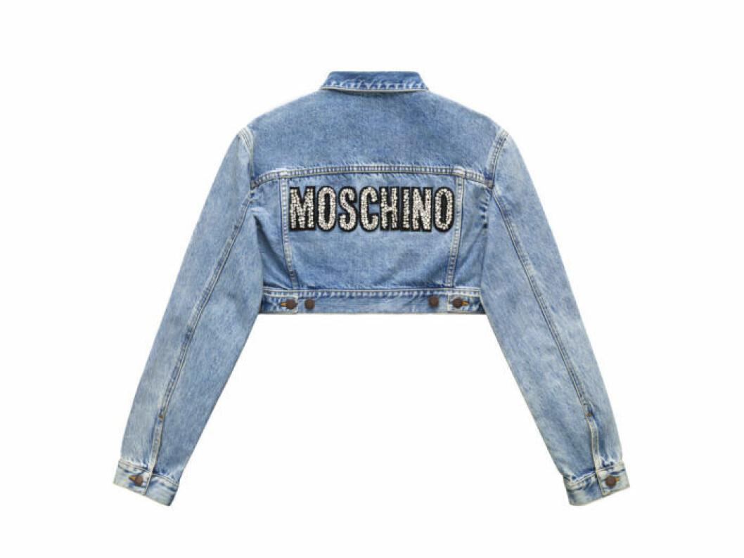 Croppad denimjacka med Moschinologga på ryggen Moschino [tv] H&M