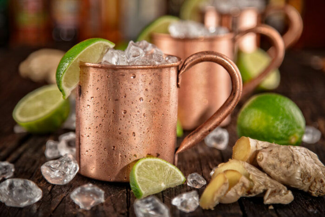Drinken Mosow Mule med vodka och Ginger ale
