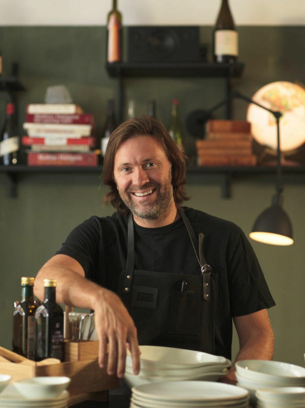 Niklas Ekstedt är känd både som TV-kock och kokboksförfattare.