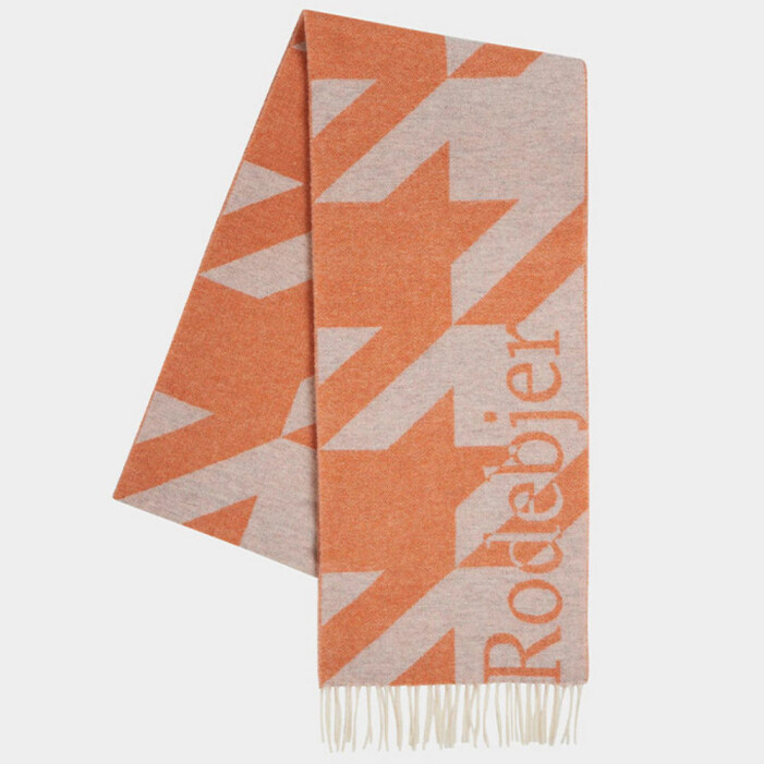 orange halsduk rodebjer