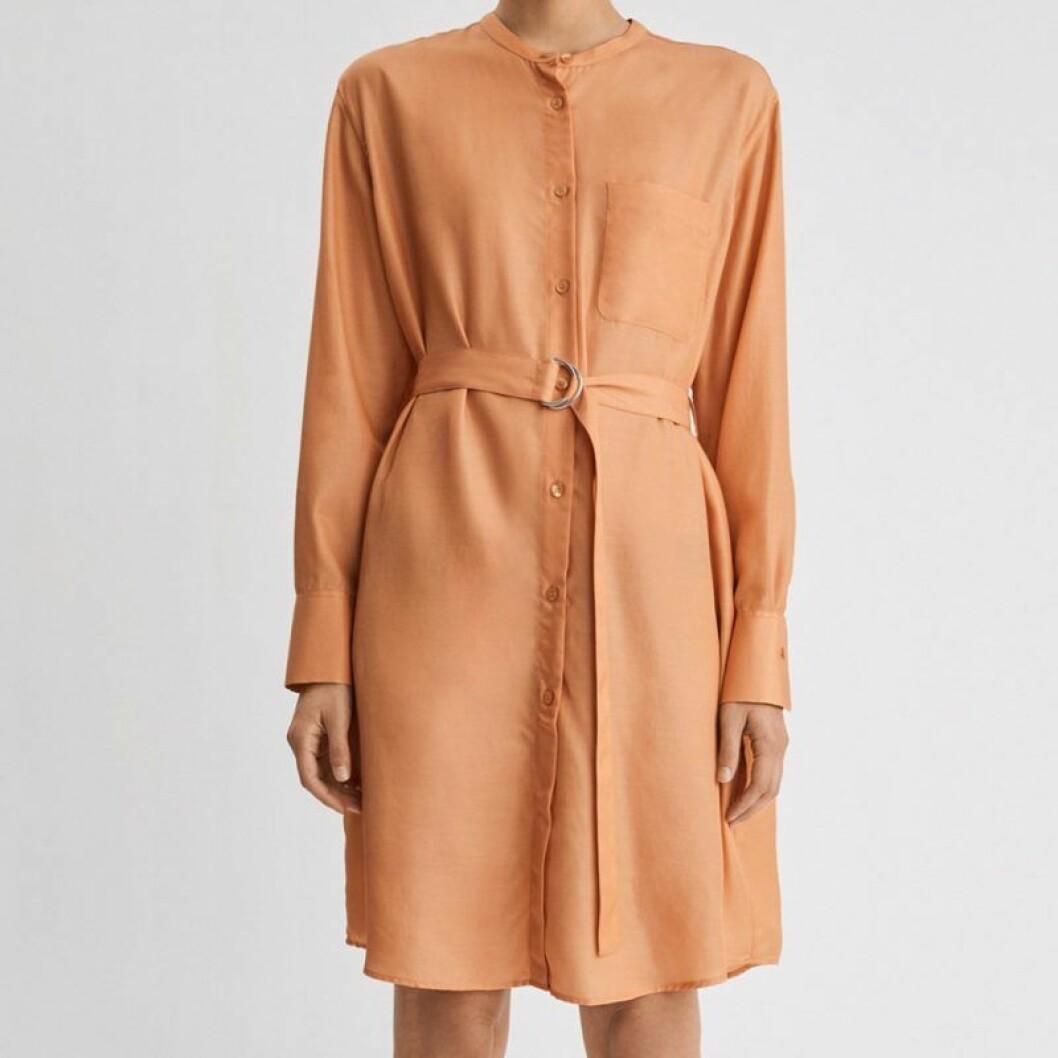 Orange skjortklänning från Filippa K