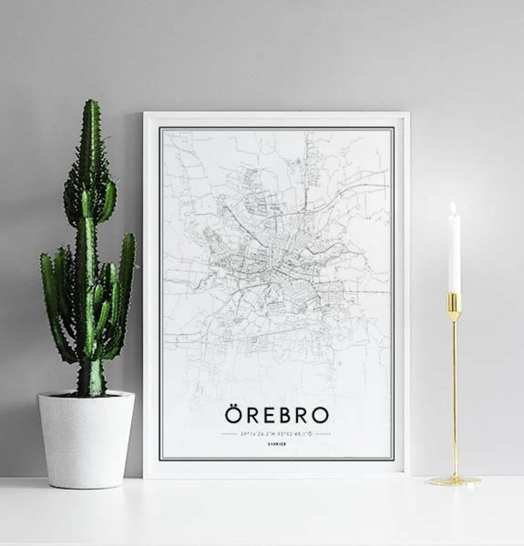 Tavla med Örebromotiv