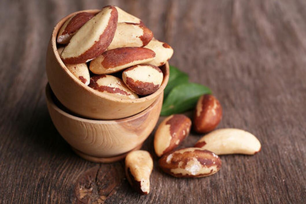 En bild på paranötter i en skål.