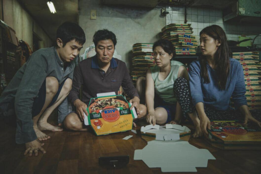 En bild från filmen Parasit, som har biopremiär på Filmstaden den 20 december 2019.