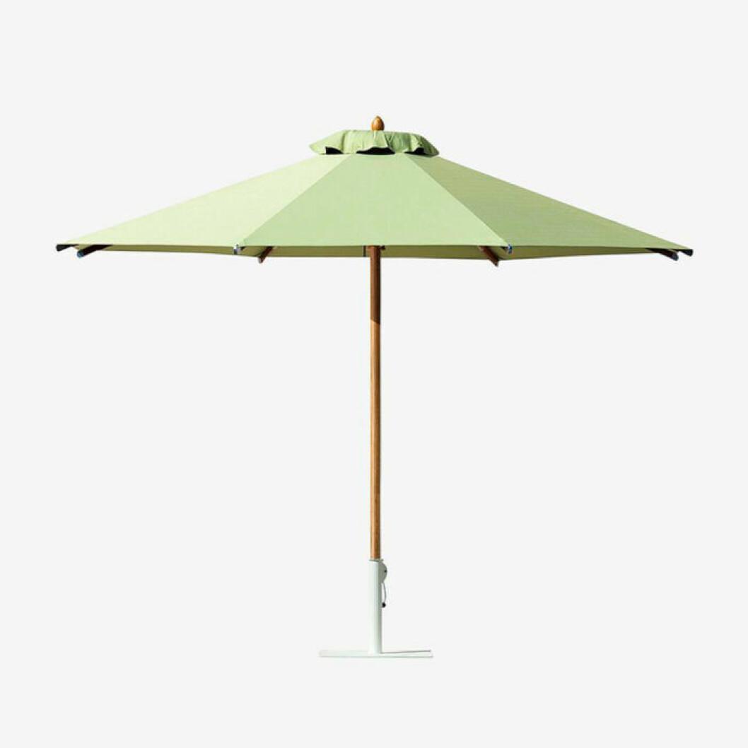 Grönt parasoll från Ethimo