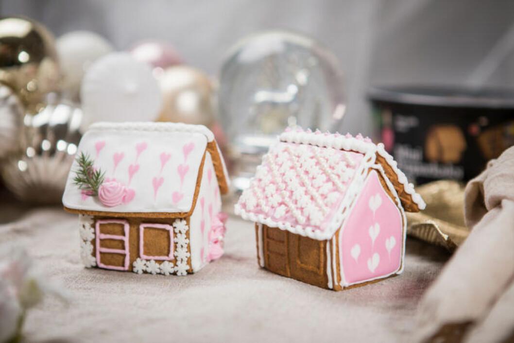 Minipepparkakshus från Gille som är fina både naturella och dekorerade