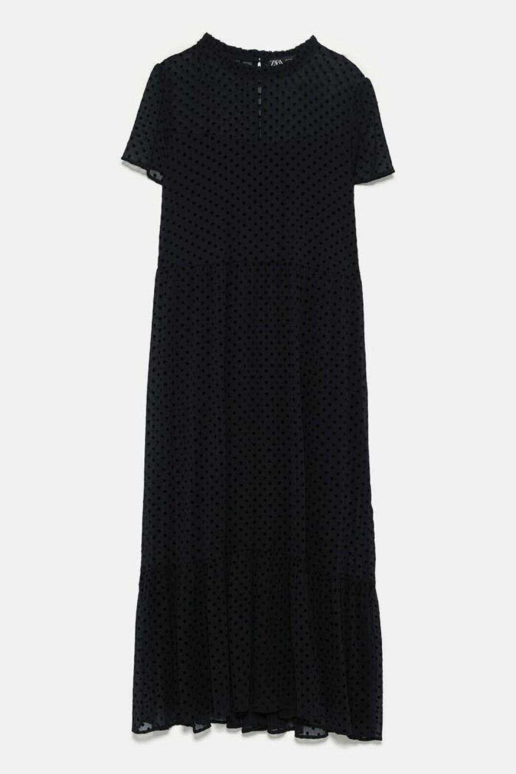 Prickig klänning från Zara