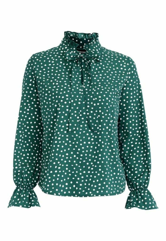 Grön prickig blus från bubbleroom
