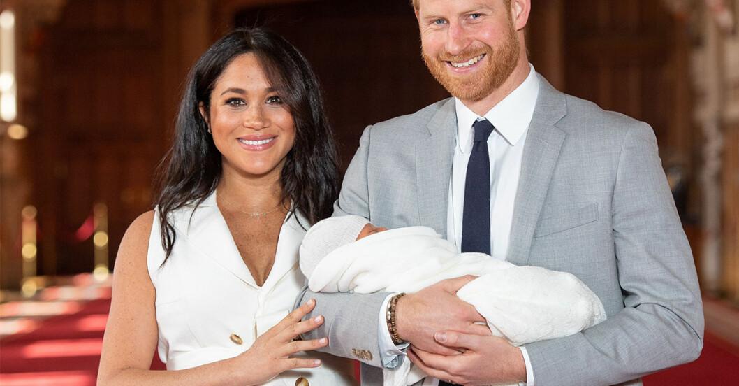 Första bilden på prins Harry och Meghan Markles son