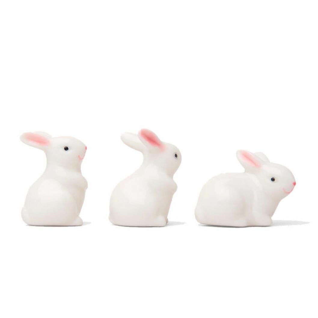 Kaniner i porslin